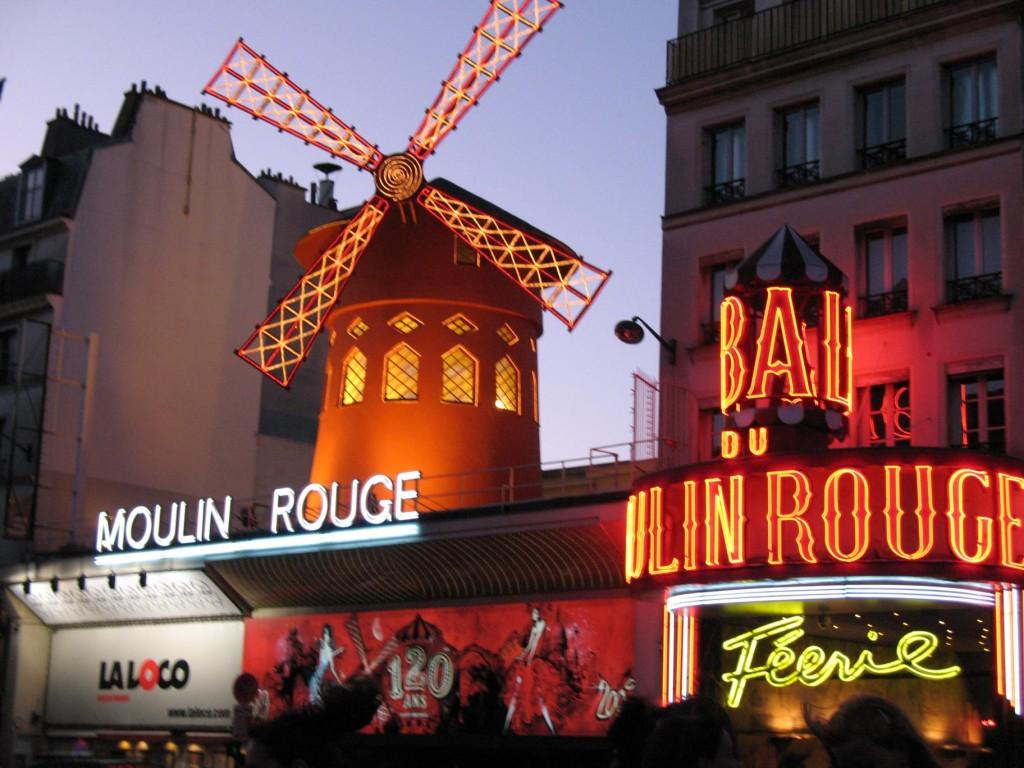 PARIS molino rojo 077_1824x1368